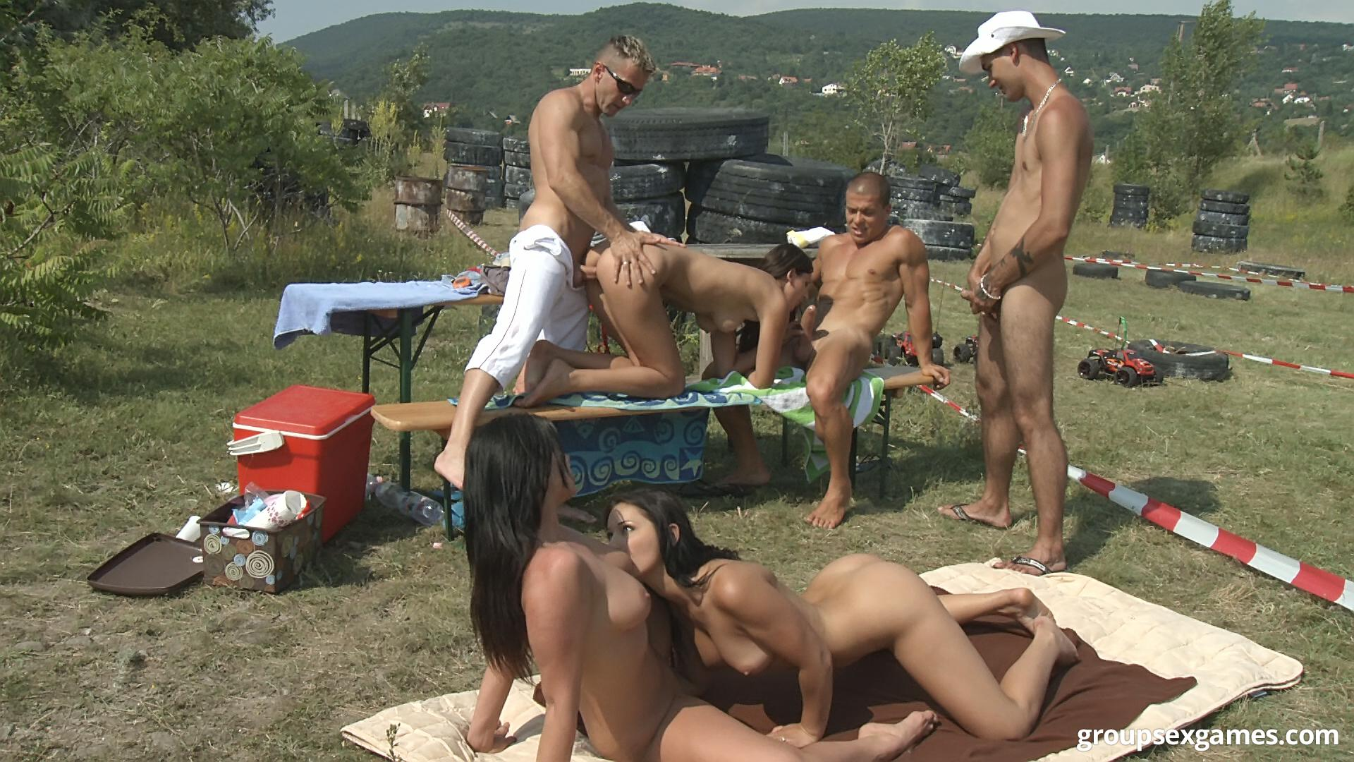 amateur porno outdoor