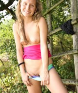 Young girl naked in forrest (5)